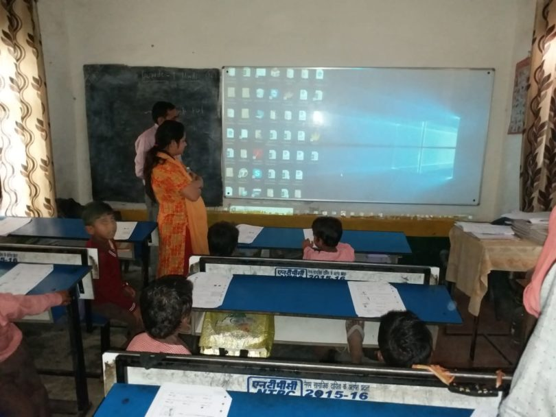 मुठियानी में स्कूलों में जाकर मिड-डे मील की जांच की गई