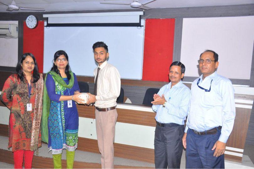 आईटीएस कॉलेज में विश्व विज्ञान दिवस के मौके पर आयोजित किये गए कार्यक्रम