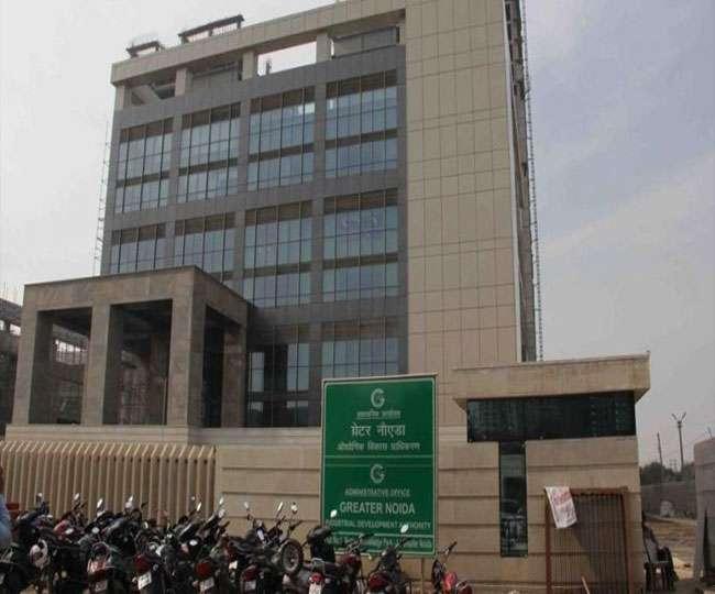 ग्रेटर नोएडा प्राधिकरण के एसीईओ ने अधिकारियों को दिए अवैध कट बंद करने के निर्देश