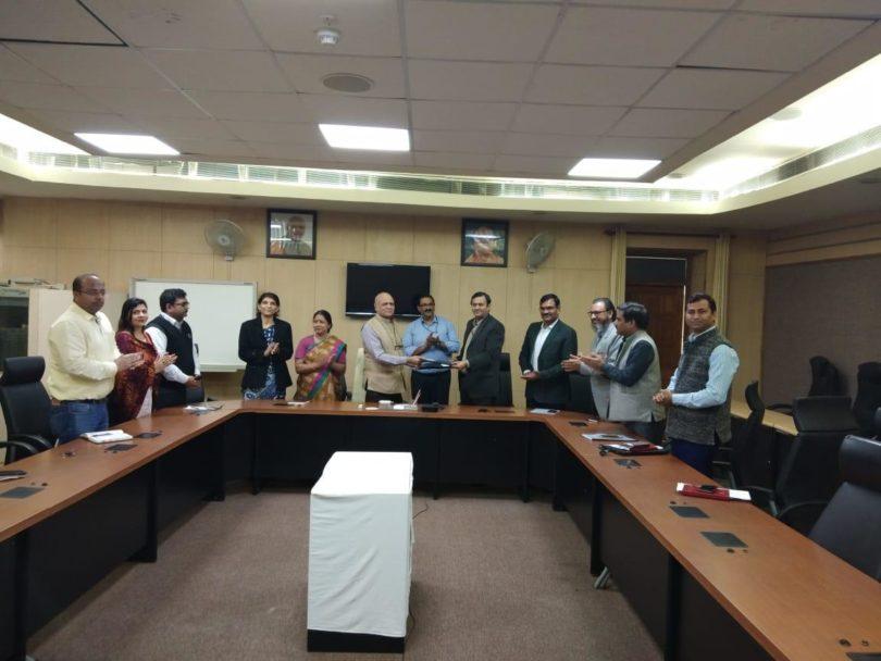 गौतम बुद्ध विश्वविद्यालय व राष्ट्रीय इलेक्ट्रॉनिकी एवं सूचना प्रौद्योगिकी संस्थान के बीच हुआ समझौता